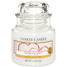Yankee Candle Classic Snow In Love
